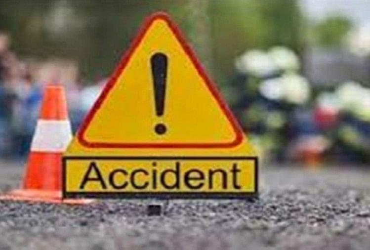 अलीगढ़ : अनूपशहर रोड पर ट्रक में घुसी बाइक, तीन मजदूरों की मौत