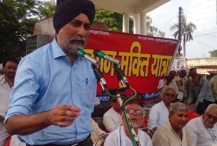 किसान नेता वीएम सिंह पर उनके सहयोगियों ने लगाए गंभीर आरोप, मध्य प्रदेश इकाई में फूट पड़ी