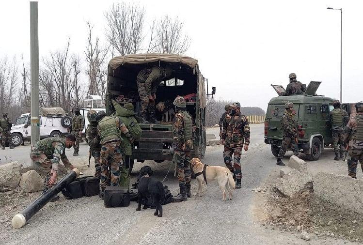 कश्मीर को दहलाने की आतंकी साजिश नाकाम, नौगाम में रेलवे क्रॉसिंग के पास आईईडी बरामद