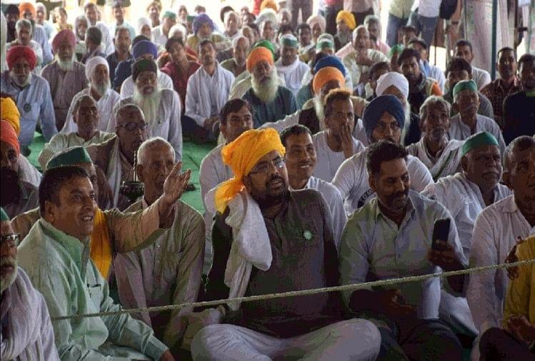 आंदोलन: गाजीपुर बॉर्डर पर होली की तैयारी में जुटे किसान