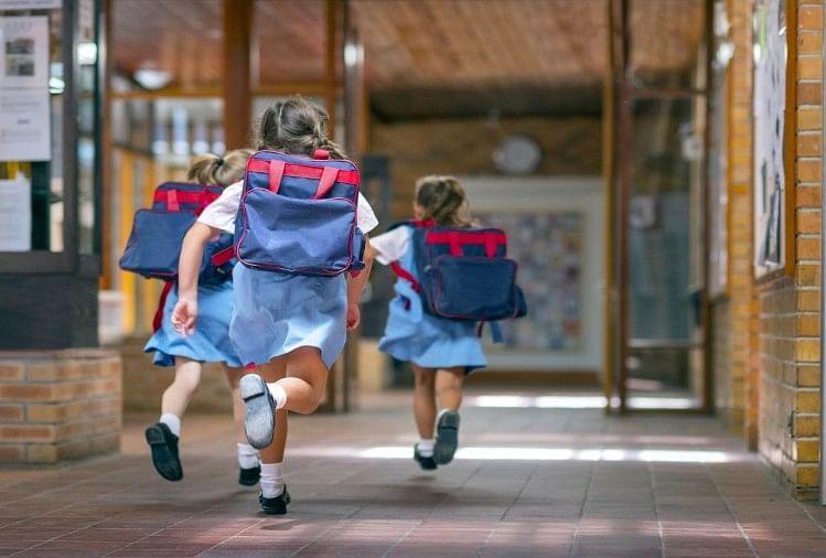 हरियाणा: एक अक्तूबर से पहली से तीसरी कक्षा के बच्चे जा सकेंगे स्कूल, 18 जिलों में नहीं मिला संक्रमण का मामला