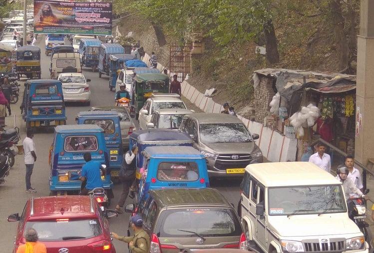 उत्तराखंड: प्रदेश में 100 फीसदी क्षमता के साथ चलेंगे वाहन, हर यात्रा के बाद वाहनों को करना होगा सैनिटाइज