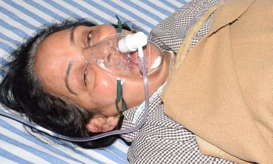 रुद्रपुर में निजी अस्पताल में भर्ती जानकी देवी।