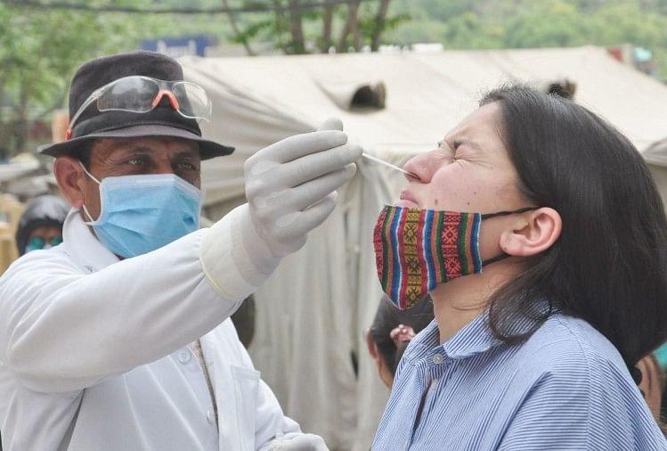 नेपाल में बेकाबू हुआ कोरोना, विशेषज्ञ बोले- नहीं संभले तो भारत से भी भयावह होंगे हालात