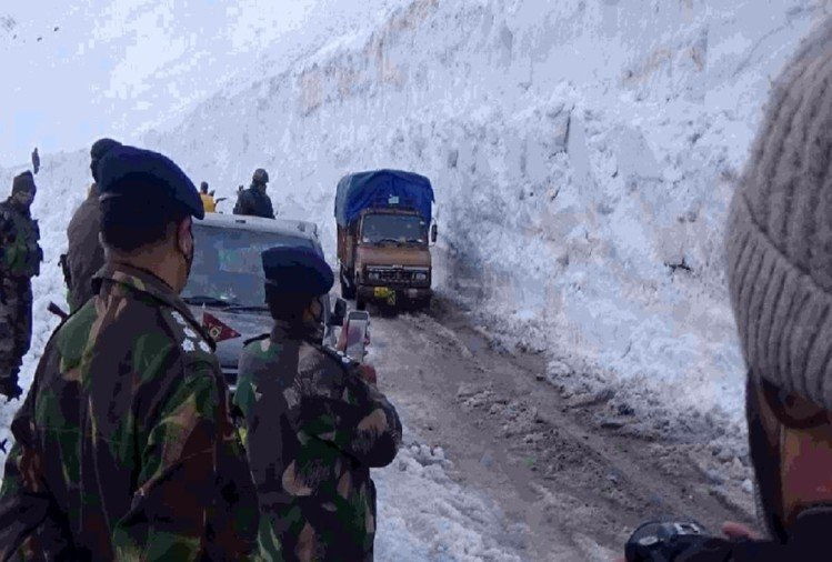 श्रीनगर-लेह राजमार्ग को 110 दिनों के भीतर खोला, लद्दाख को राहत