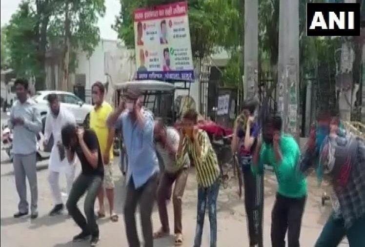 उल्लंघन: अंबाला में बाहर घूम रहे युवकों से पुलिस ने करवाई उठक-बैठक, दी चेतावनी