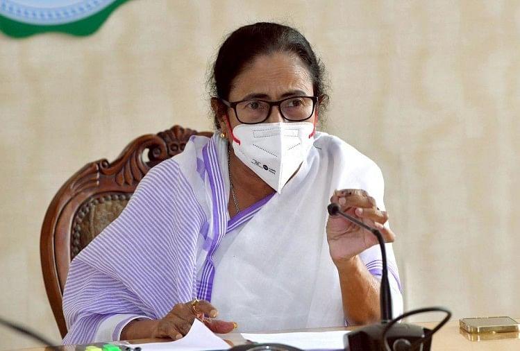 CM,ममता ने कहा कि  बंगाल सरकार 10वीं और 12वीं की राज्य बोर्ड परीक्षाओं के नतीजे जुलाई में घोषित करेगी.