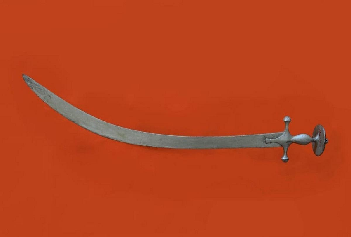prayagraj news : इलाहाबाद संग्रहालय में सुरक्षित है चौधरी लियाकत अली की तलवार।