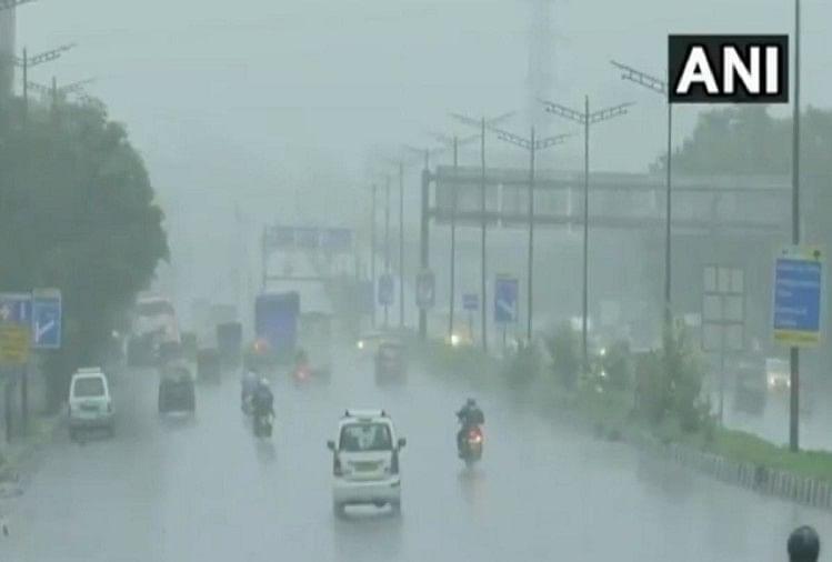 मुंबई में बारिश