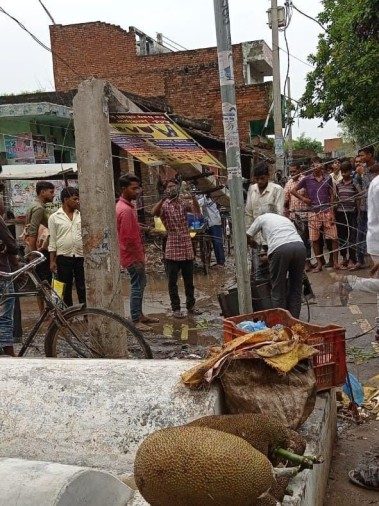 development of croers in district headquarters manjhanpur drowned in one day rain