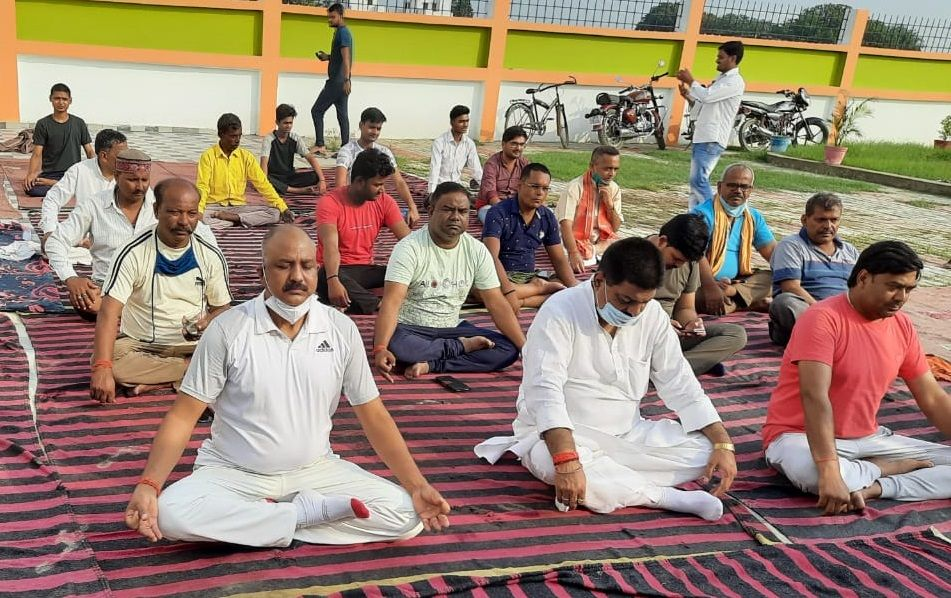 Thousands of people did yoga for a healthy body