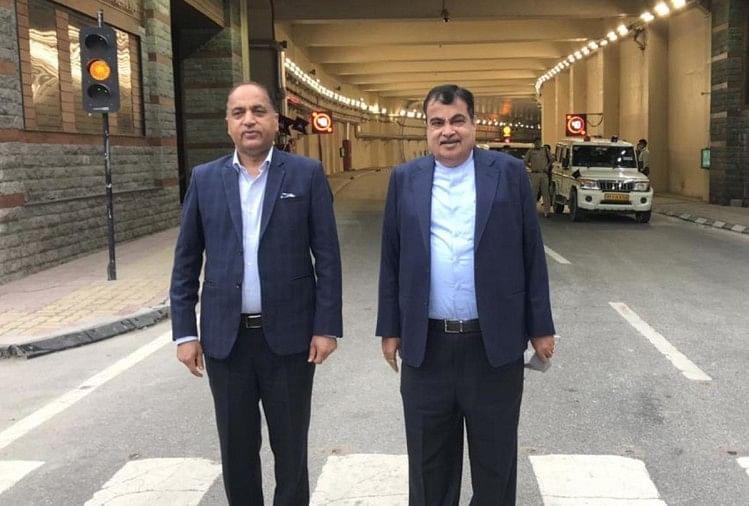 मनाली-लेह के बीच चार सुरंगों का निर्माण किया जाएगा : गडकरी