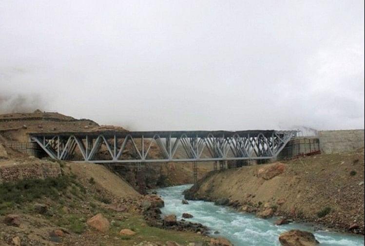 बीआरओ ने डबल लेन पुलों का निर्माण युद्धस्तर पर कर दिया है शुरू, सीमा तक आसानी से पहुंचेगी सेना की रसद
