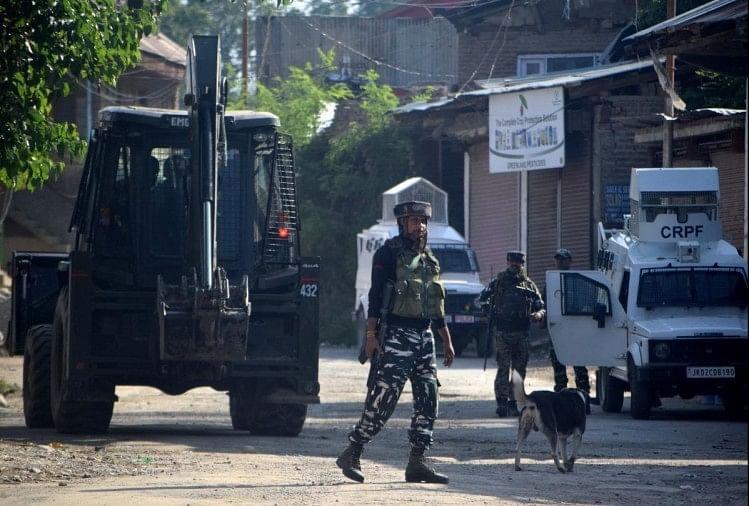 कश्मीर घाटी में 24 दिनों में 10 मुठभेड़, मारे गए 24 आतंकी