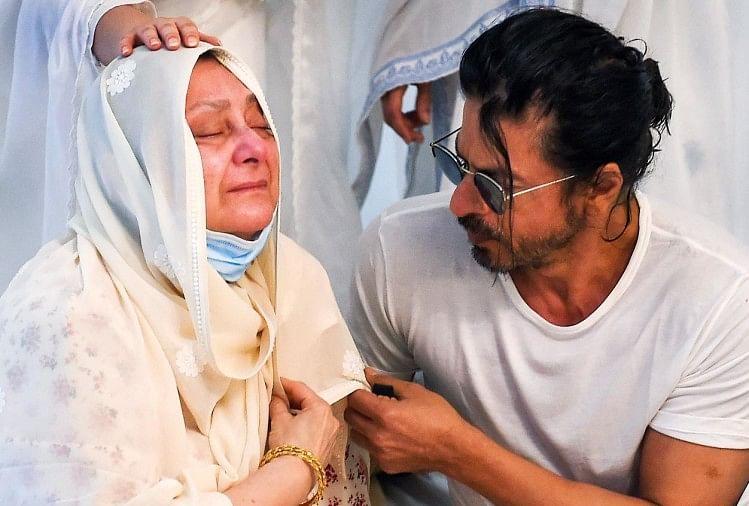 शाहरुख खान, सायरा बानो