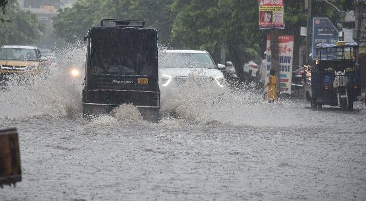 Water In The Streets And Streets Due To Continuous Rain - लगातार बारिश से  सड़कों-गलियों में पानी ही पानी - Panipat News