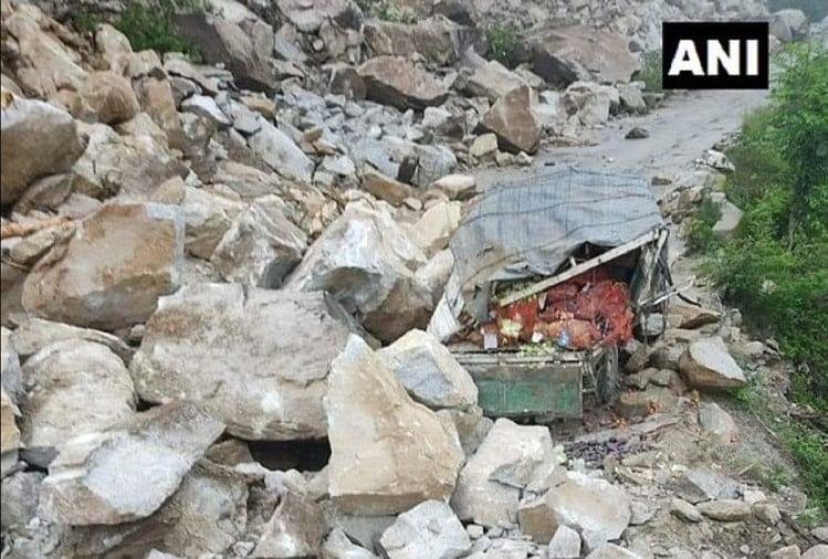 चंडीगढ़-मनाली नेशनल हाईवे बंद, मौसम विभाग ने जारी की एडवाइजरी