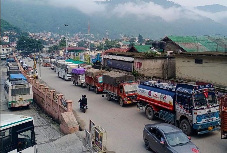 जाम: चंडीगढ़-मनाली राष्ट्रीय राजमार्ग पर फंसे सैकड़ों लोग