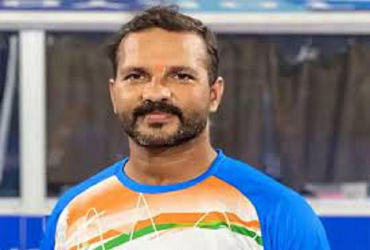 Prayagraj News : पीयूष दुबे, भारतीय हॉकी टीम के कोच।