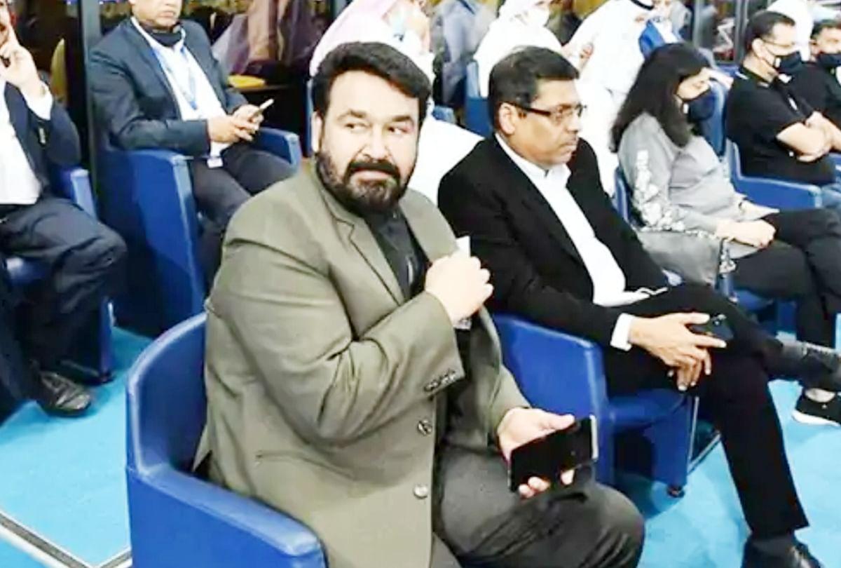 मोहनलाल आईपीएल 2020 के दौरान स्टेडियम में दिखे थे।