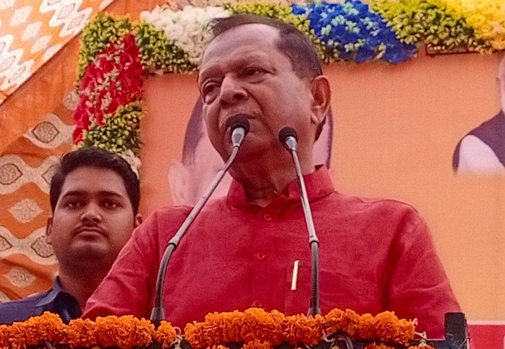 पट्टी में भाजपा के प्रबुद्ध सम्मेलन में बोलते कैबिनेट मंत्री मोती सिंह। संवाद