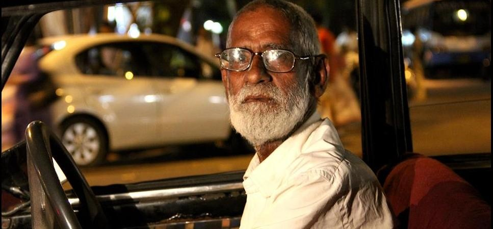 mumbai cab driver helped a women late in night who was being harassed