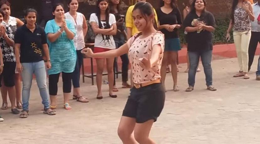 Prabhu Deva seems nothing infront of these Odisha college girls dance
