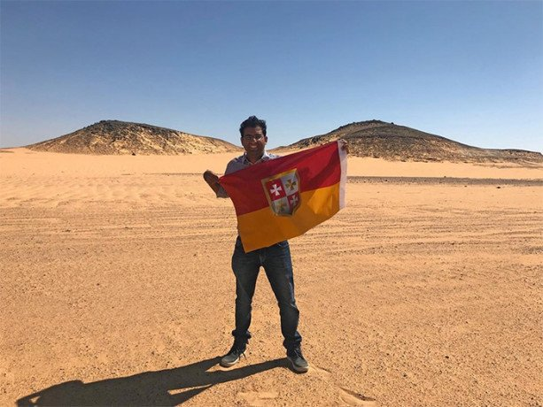 Indian Guy Suyash Dixit Declares Himself The King Of An Unclaimed Land that Belongs To No Country