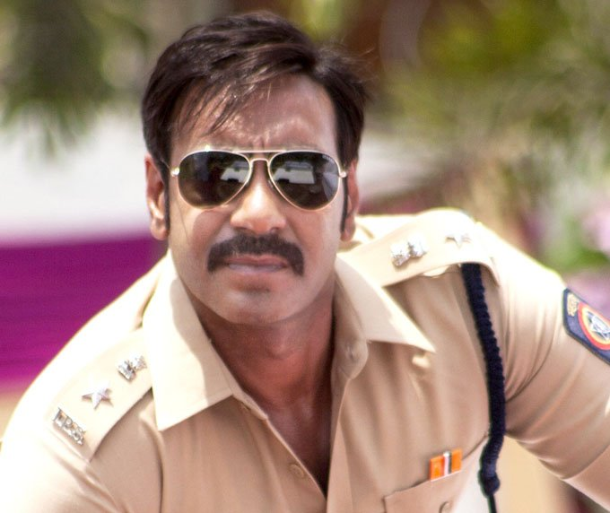 99%-of-people-would-not-know-why-Ajay-Devgan-does-not-laugh-openly-in-films