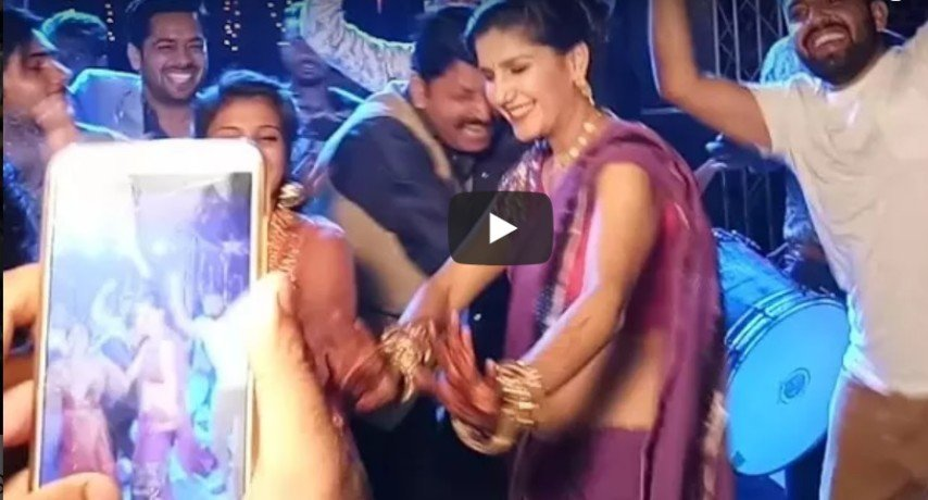 Sapna Chaudhary dance on his brother wedding goes viral on Social Media