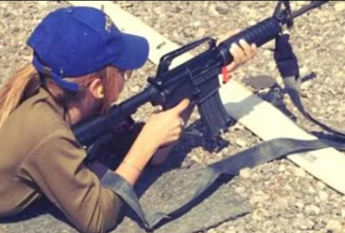 israeli soldier kim mellibovsky become new internet sensation all around the world