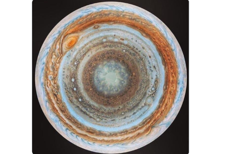 pic of Jupiter goes viral on internet social media people are confused and give funny comments