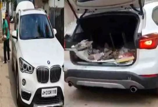 ranchi bmw owner use his car to collect garbage you will shock after known his reason