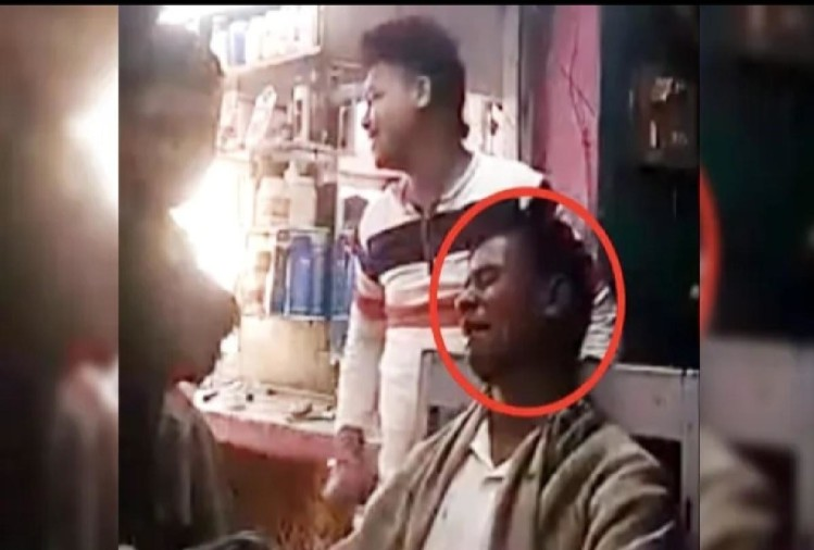 customer is crying after listening song in barber shop  salon viral video