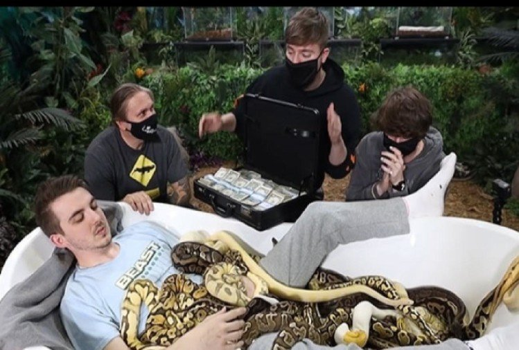 Mrbeast challenge people to sit in a bath tub full of snakes for 10000 dollars