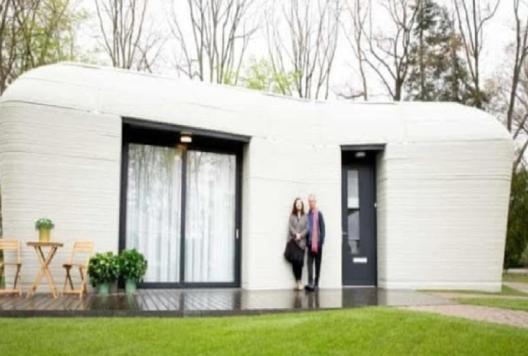 Robot Printed a 3D house within 5 days in Europe Video goes viral
