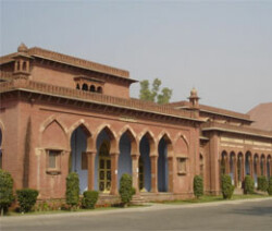 Students protest 'lawlessness' in AMU