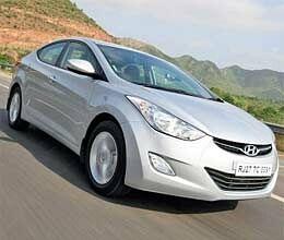 hyundai launches elantra launched sedan