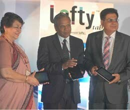 mtnl launches 3 g tablet