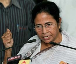 Mamata supports demand to dissolve parliament