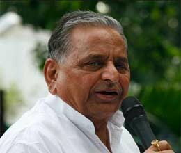 mulayam aims on caste based votes for loksabha election