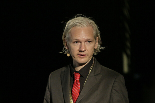 uk sweden silent on ecuador assange proposal