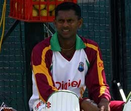 chanderpaul shares double century partnership with his son