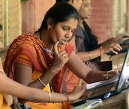 all students of up board will not get laptop and tablet