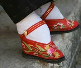 beatuiful foot mean china footbinding crual ritual