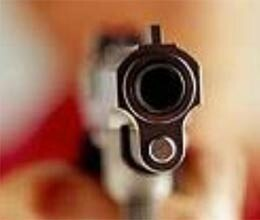 miscreant looted rs 13 lakh to shot dead