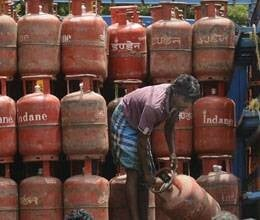 2.35 crore gas connections to multiple names at same address