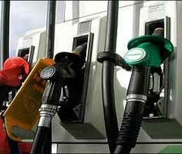 no plans to go on strike says petroleum traders