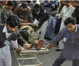 twelve die in pakistan bombing