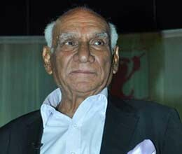 filmmaker yash chopra admitted to hospital